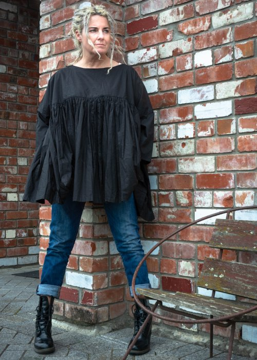 Meg by Design | Anouk Paper Cotton Top | Black