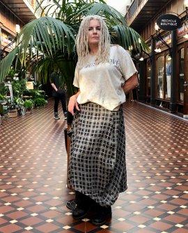 Banana Blue - Kilt-style Skirt - Check - 100% linen