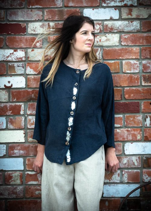 Banana Blue | Short Linen Jacket - Blouse | Navy