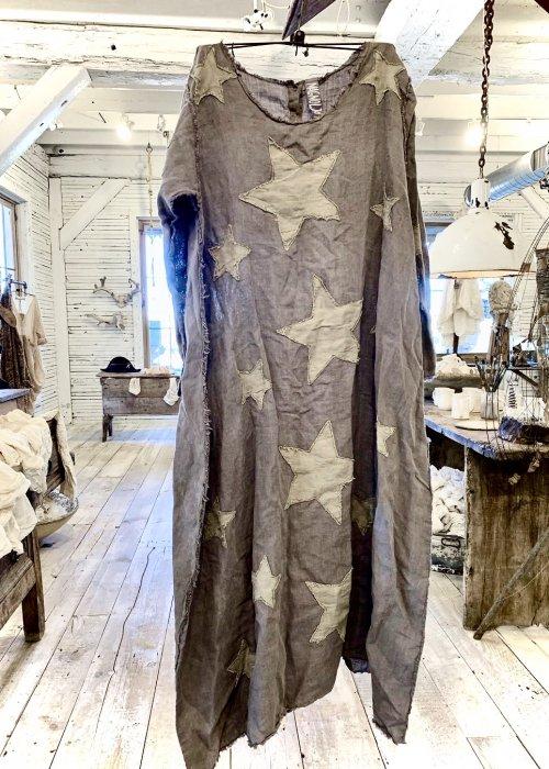 Magnolia Pearl   Cassiel Star Appliqué Dress   Moonlight