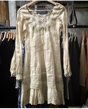 Gado Gado | Long-sleeved embroidered cotton lace dress