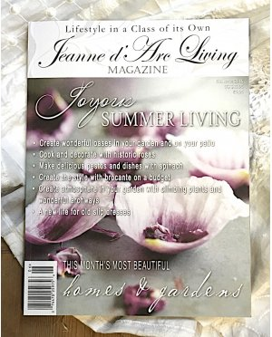 Jeanne d'Arc Living Magazine | Issue 6 , June 2016