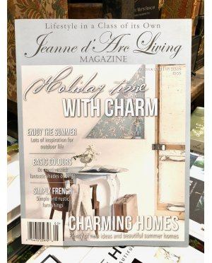 Jeanne d'Arc Living Magazine | Issue 5 | 2018